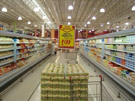 El gasto de las familas españolas en productos básicos ha bajado respecto al pasado año