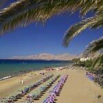 Lanzarote ofrece multitud de playas, paisajes y lugares de interés que merece la pena conocer durante nuestras vacaciones