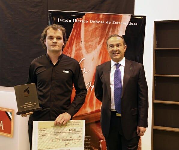 Kiko Muñoz recibe el premio