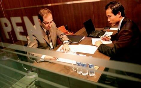 En los Punto de Encuentro de Negocios, los expositores pueden celebrar sus intercambios comerciales con los compradores profesionales invitados por la Organización