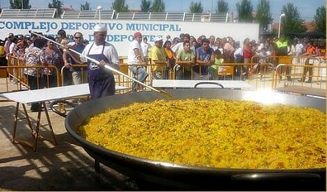 Liverpool disfrutará de una paella para mil personas con todo el sabor español