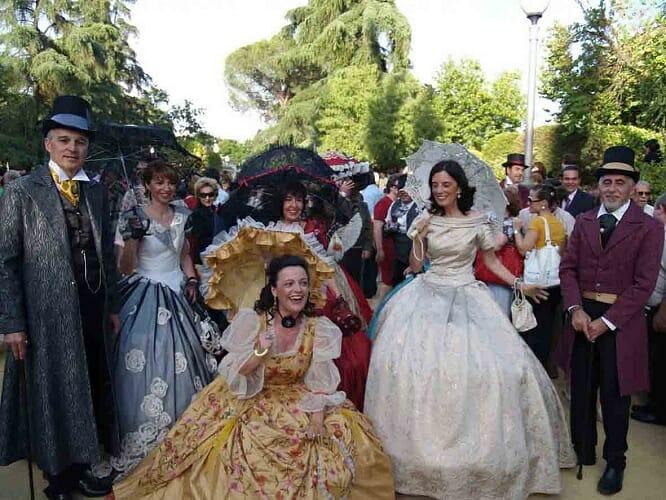 El Pasacalles de Almendralejo nos traslada al siglo XIX