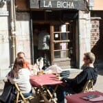 Locales como La Bicha, especializado en la morcilla, conforman una amplia oferta para el tapeo local