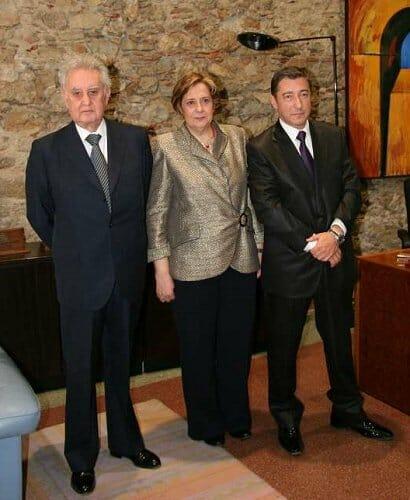 Joan Roca y Ferran Mir, junto a la rectora Anna M. Geli (Fuente: UDG)