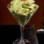 opa Wakame Martini: una ensalada de algas con tacos de pescado y salsa spicy