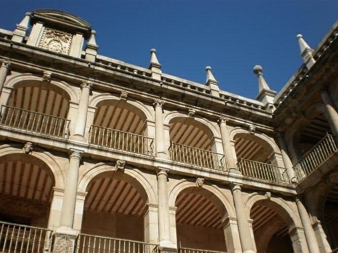 Patio de las Escuelas. Universidad de Alcalá de Henares