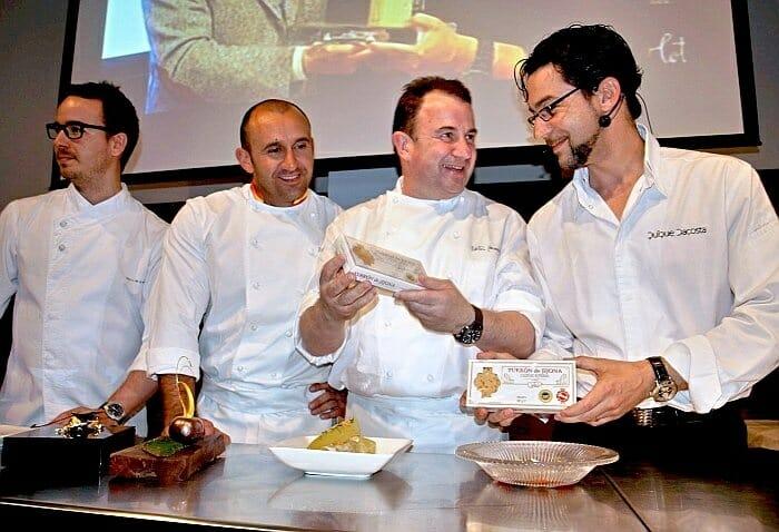 Los cuatro chefs durante el show cooking con Turrón de Jijona
